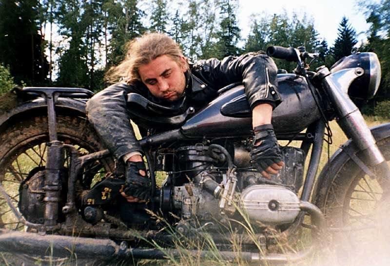 Бойтесь пьяных мотоциклистов. И каршеринга!