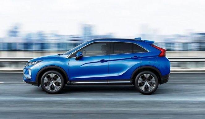 Новый голубой Mitsubishi Eclipse Cross уже можно брать