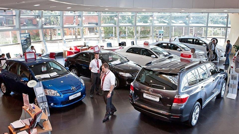 С покупкой автомобиля лучше не ждать до нового года