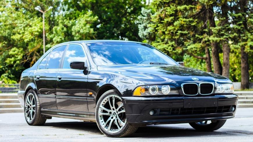 Массовый отзыв старых BMW в РФ - более 4 000 седанов