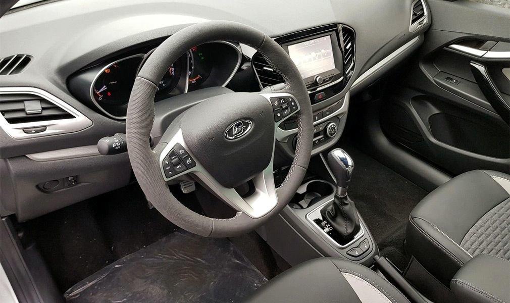 Обновления  Lada Vesta 2020 модельного года бурно обсуждают в Сети