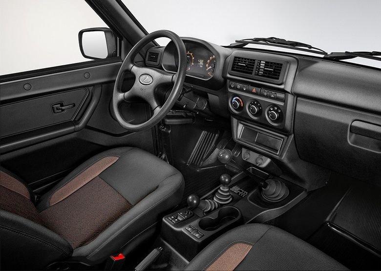 Впихать невпихуемое: обновленная Lada 4x4 пока без фронтального эйрбэга