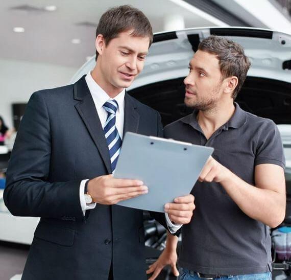 Какие машины в РФ чаще всего берут в кредит. И кто именно берет...