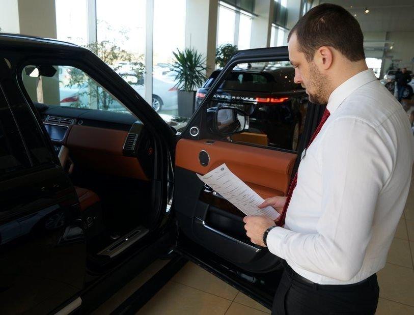 Регистрация новых машин в автосалонах: а не тут-то было