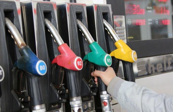 Акцизы на бензин, дизтопливо и автомобили выросли
