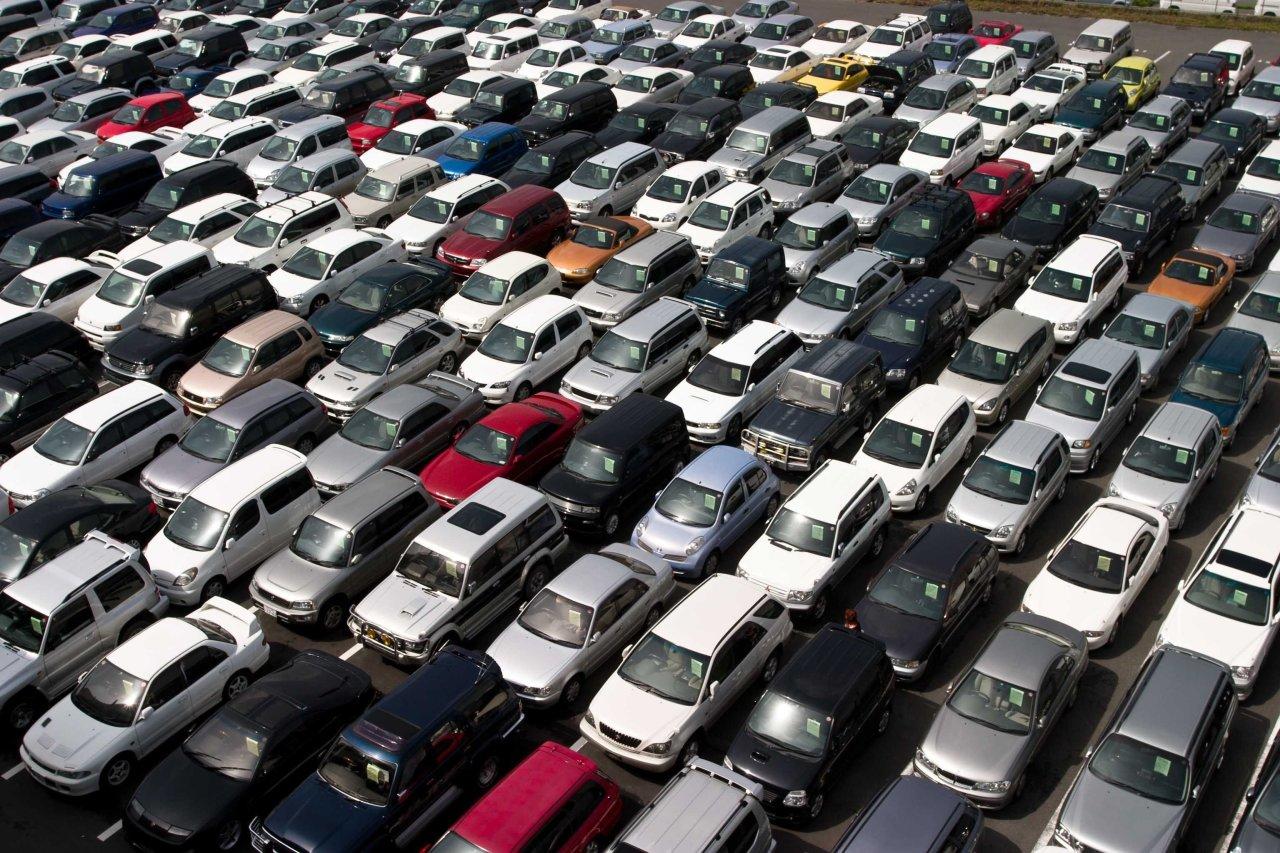 В июне изменились цены у 18 автомобильных марок