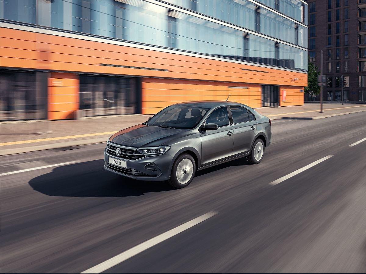 Volkswagen начинает поставки нового поколения Polo в дилерские центры