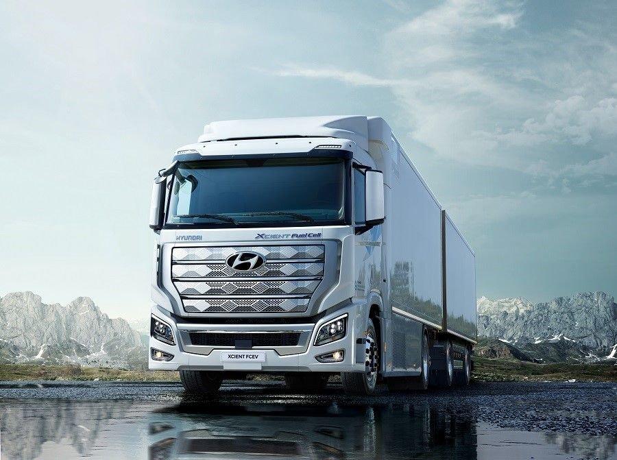 Первые в мире грузовики на водородном топливе Hyundai поехали в Европу