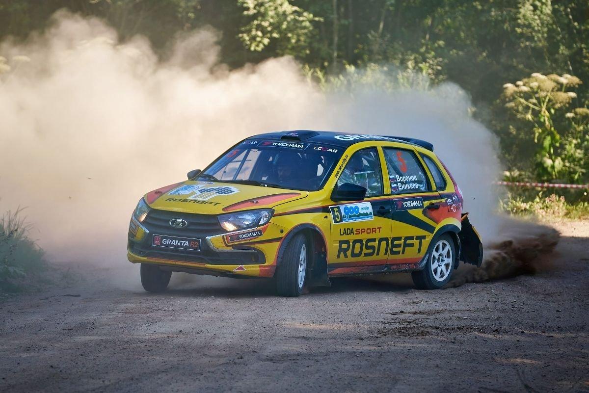 Экипаж LADA Sport ROSNEFT стал победителем ралли «900 озер»