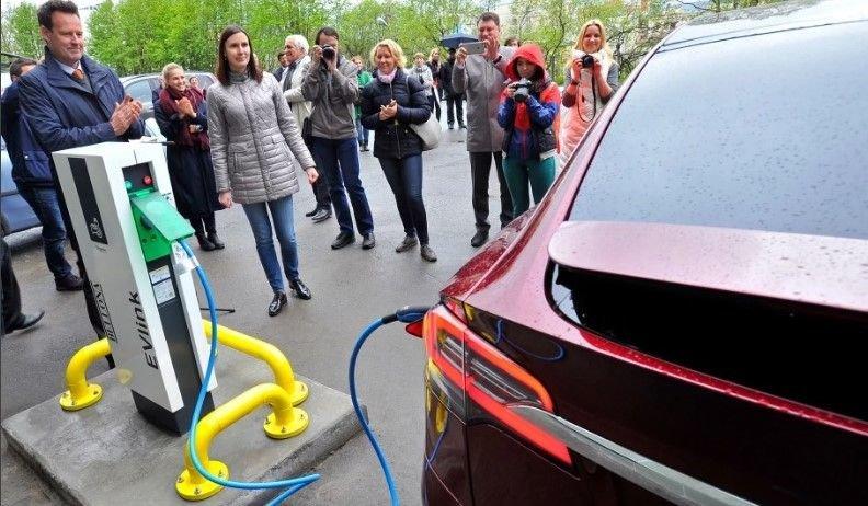 Почему россияне не покупают электромобили?