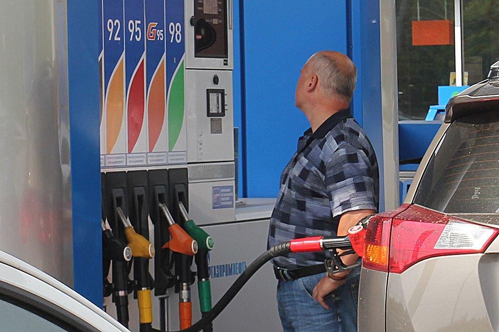 Как взлетели цены на топливо в России