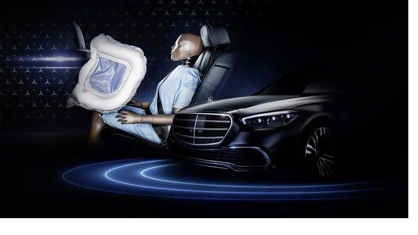 Для задних пассажиров появятся фронтальные подушки безопасности