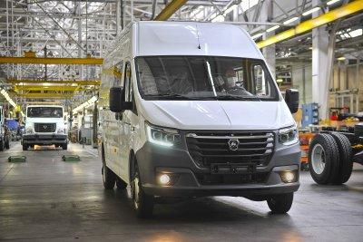 Горьковский автозавод представил первую электрическую ГАЗель
