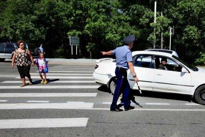 """Всегда ли прав сотрудник ГИБДД, выписывая штраф """"за не пропуск пешехода"""""""