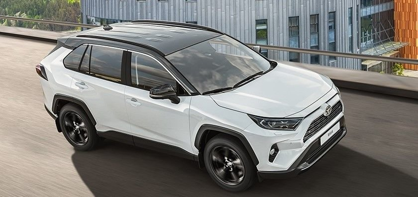 Начался прием заказов на новую версию Toyota RAV4 Style