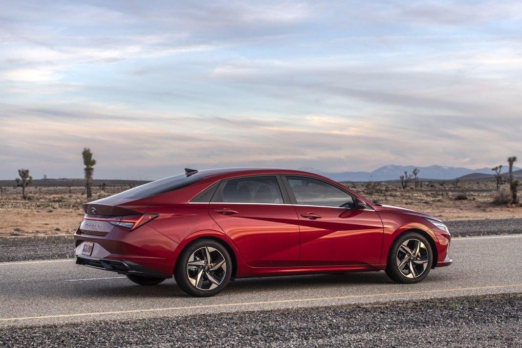 Hyundai Elantra седьмого поколения готовится к производству