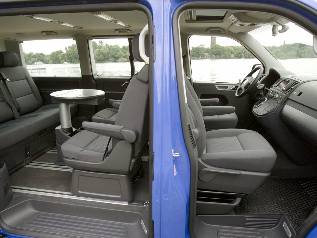 volkswagen-multivan-2003-2010-6698sm.jpeg