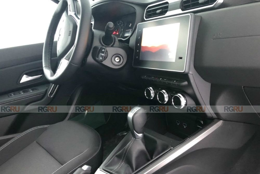 Renault_Duster_Interer1.jpg
