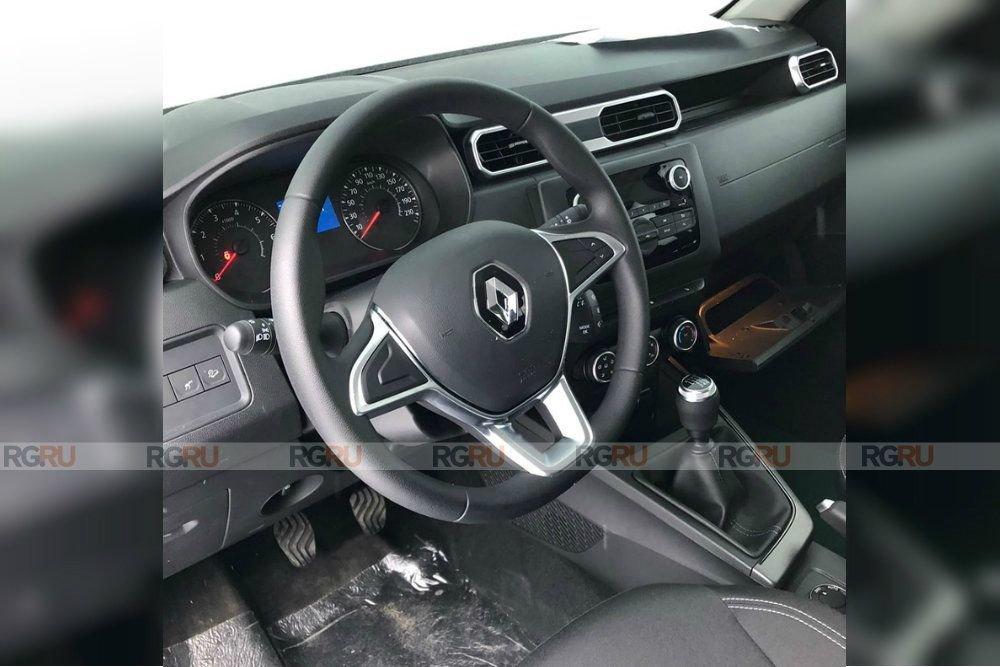 Renault_Duster_Interer4_d_850.jpg