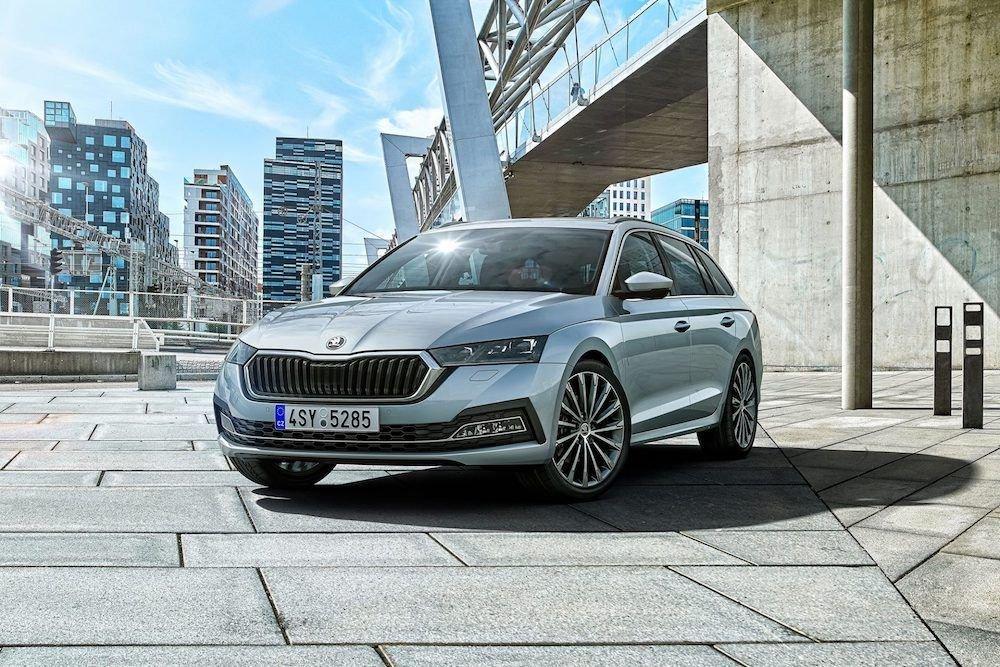 Skoda предлагает новогодние условия на покупку автомобилей