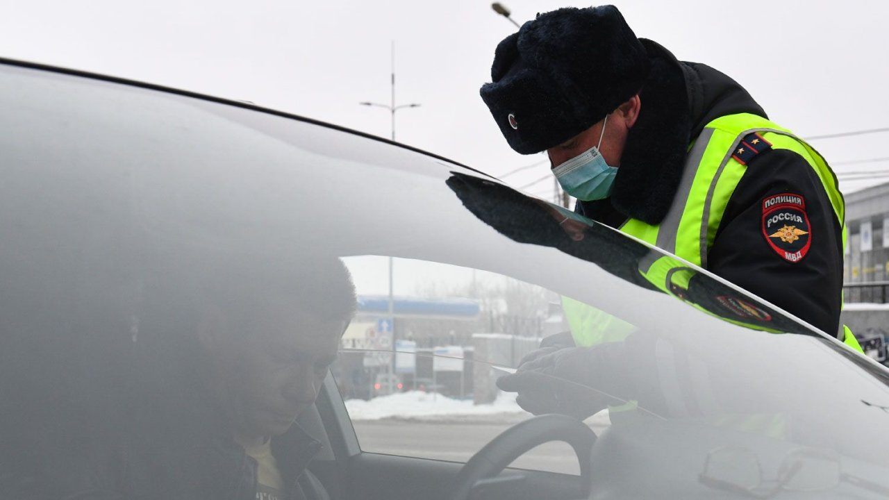 МВД назвало условие отмены штрафов за нарушение ПДД в непогоду