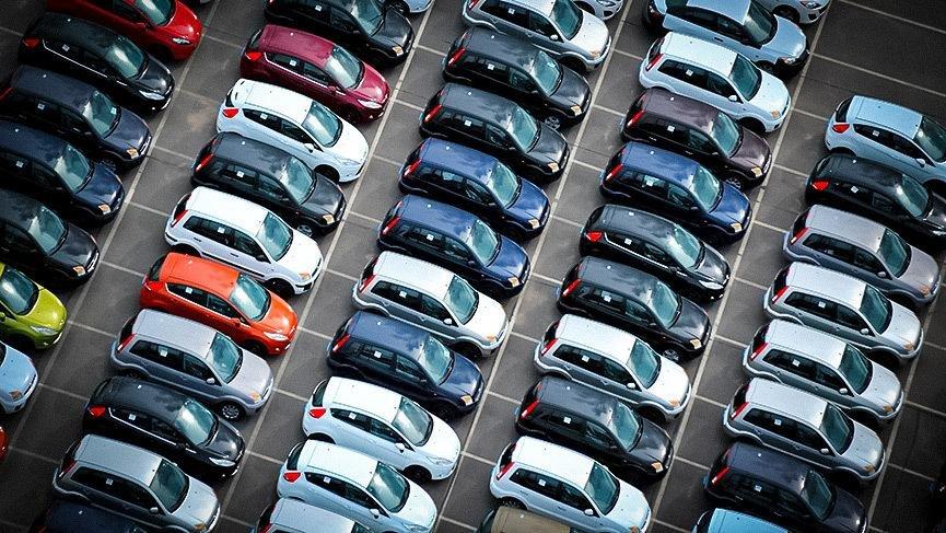 Производители подняли цены на машины в России