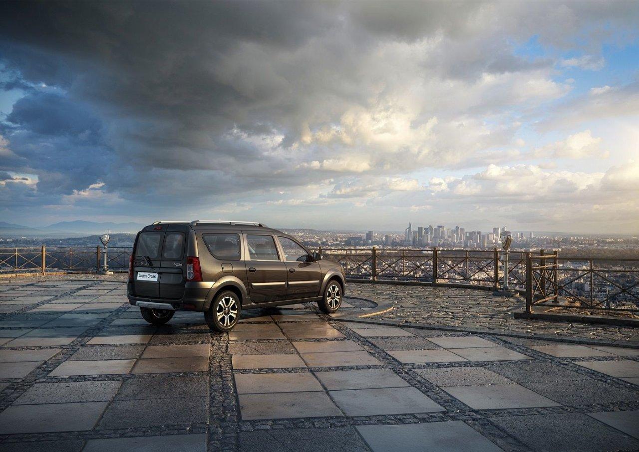 LADA объявляет о старте продаж автомобилей семейства Largus