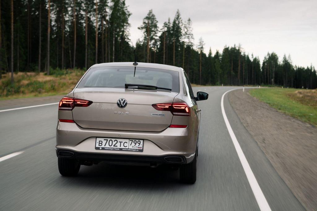 Volkswagen_Polo_Football_Edition_(3).jpg
