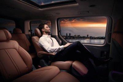 """В Россию """"приедет"""" новый минивэн Hyundai Staria"""