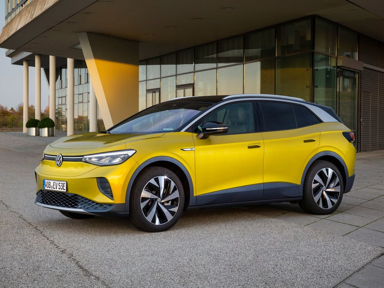 «Международным автомобилем года-2021» признан электрический кроссовер Volkswagen ID.4