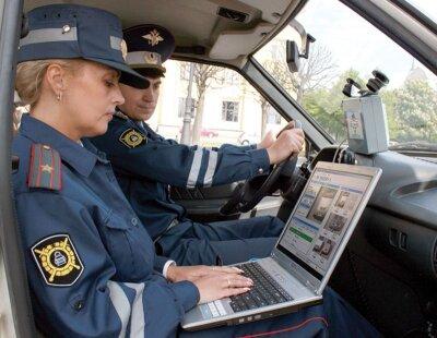 ГИБДД внимательно следит за нарушениями ПДД в соцсетях