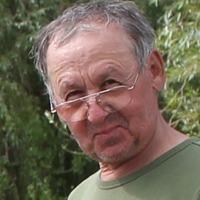 Михаил Пахомов